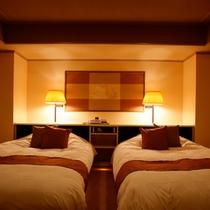 【スイートルーム】寝室がリビングルームから独立していて快適♪