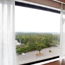 【部屋からの景色】お部屋からは大自然豊な能登の風景をお楽しみください