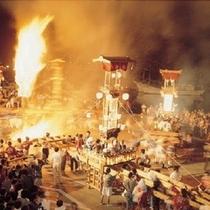 【あばれ祭り】 石川県無形民俗文化財となっている勇壮な祭りで、この祭りを皮切りに能登のあちこちで夏祭