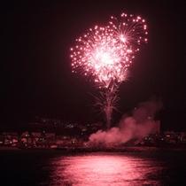 毎年8月1日(予定)は、みなべ町の花火大会♪ホテルより車約5分です。プールサイドからもご覧頂けます♪