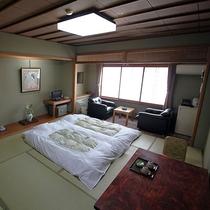 客室8~10畳一例