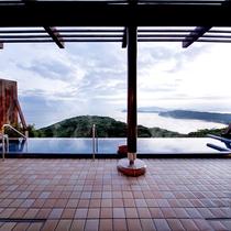 加太淡嶋温泉「天空の湯」どの時間でもパノラマの絶景を満喫