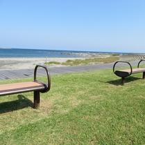海を眺める公園