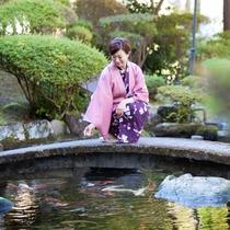 【中庭】 すぐ下を流れる鬼怒川へ中庭から降りれます