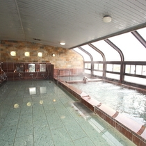 【春夏秋冬】大浴場で奥利根温泉を堪能してください。
