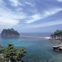 島に瀬がつながるトンボロ現象