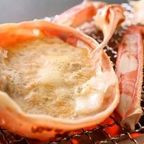 【夕食一例】地蟹のかに味噌甲羅焼き