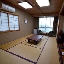 【海側和室10畳(バストイレ付)】