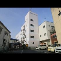 ★アクセスに便利★「常陸多賀駅」の目の前にあります!