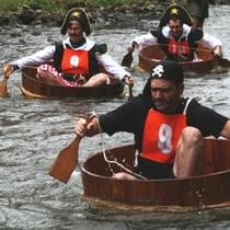松川タライ乗り競争(毎年7月第一日曜日開催)