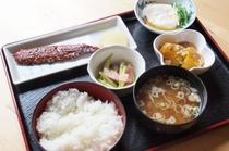 朝食 お膳 例 (Breakfast Plate Style,exa)