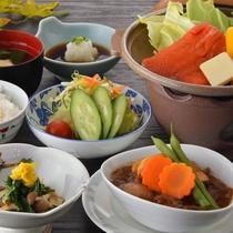 【カジュアルプラン】サーモン陶板焼き+山形牛ビーフシチュー