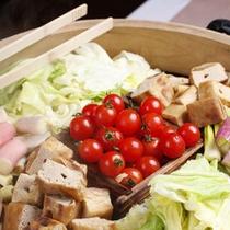 温泉蒸し野菜(朝食)