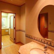 【部屋】20畳特別室の洗面所