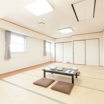 2階フロアにて4名様〜8名様までご利用可能な和室【4室】