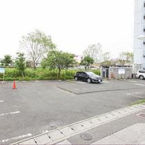 無料駐車場(平面スペース)