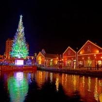 はこだてクリスマスファンタジー(巨大ツリーが海に浮かびます)