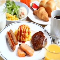 朝食盛り合わせ一例(洋食)