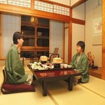 2009.720号室食事風景