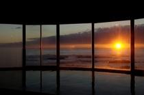 大浴場からの朝日