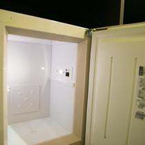 【客室】全室、冷蔵庫を完備しております。