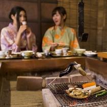 """""""岩手らしさ""""を感じていただけるお食事スタイル『炉端焼き』をお楽しみ下さい。"""