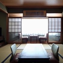 平25.6月撮影 和室8畳間 広縁付の伝統的和室です