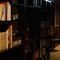 平27年伊藤様撮影、三階ライブラリー お部屋で読書も可能、部屋にこもって読書三昧でリフレッシュも。
