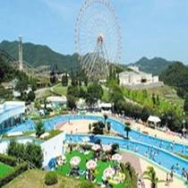 姫路セントラルパークプール風景