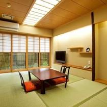 【露天風呂付客室】7.5畳 お部屋の一例(お部屋からの眺望は小庭となります)