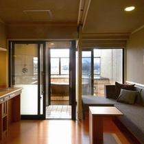 露天風呂付客室(信楽焼)湯あがり処の一例
