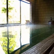 館内ひのき風呂