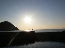 葉山と夕陽