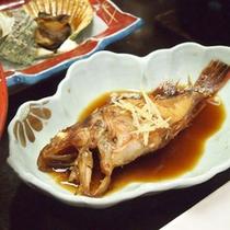 【夕食】の一例 赤魚の煮つけ