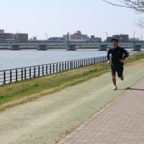 「やすらぎ堤」はジョギングコースに最適