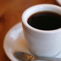 ロビーでのコーヒーサービスや朝刊無料サービスもあります