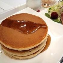 朝食一例 パンケーキセット