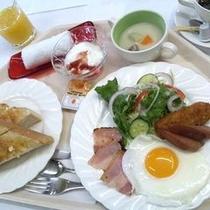 朝食:洋定食一例