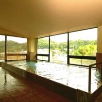 伊豆長岡の温泉で日頃の疲れを癒し、ごゆっくりとお過ごし下さいませ