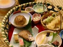 籠膳お食事例【島根県・匹見峡温泉】