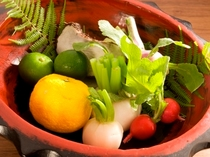 地元の京野菜をお召し上がりください。