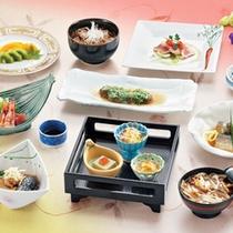 *【料理例】一品毎に盛り付けにもこだわったお食事の数々…ぜひこの機会にご賞味下さい。