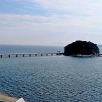 三河湾に浮かぶ竹島