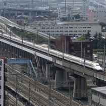 【眺望】お部屋から見える新幹線