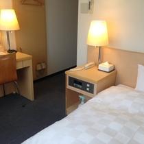 【シングルルーム 9㎡】~110cmのワイドベッドが入ったリーズナブルなお部屋~