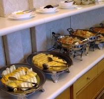 ご朝食の一例 ■バイキング1■