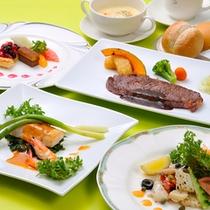 シェフが腕を振るうディナーコース ホテルならではリーズナブルにコース料理がいただけます。