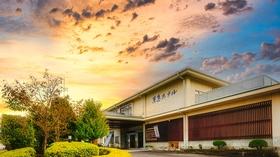 源泉100%かけ流しの温泉宿 伊豆長岡温泉京急ホテル施設全景