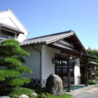 松崎温泉 御宿しんしま施設全景