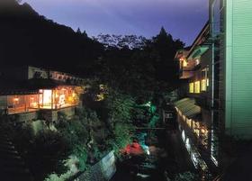 蓬平温泉 花の宿 よもやま舘施設全景